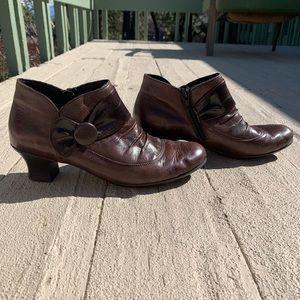 brown leather heels!